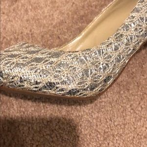 Enzo Angiolini Shoes - Enzo Angiolini gold/silver sparkly heels
